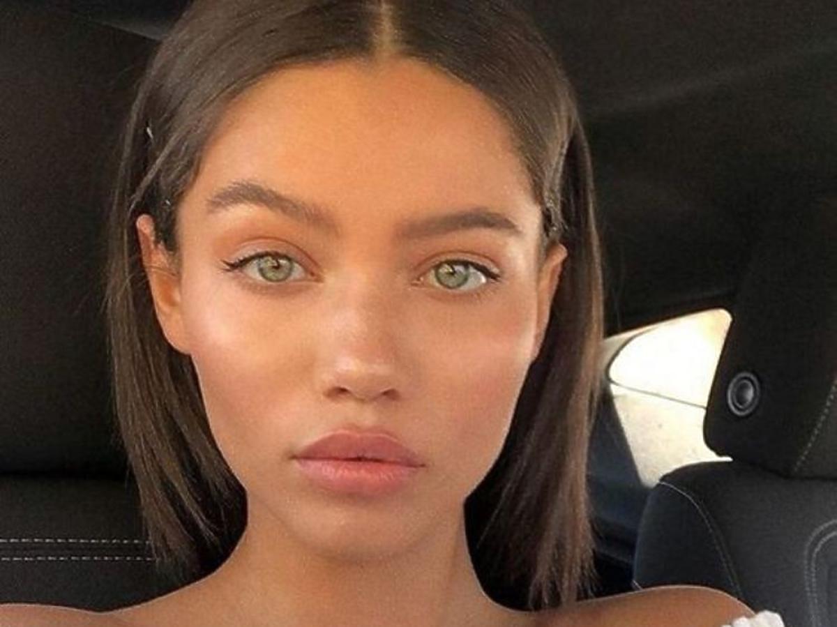 Makijaż wykonany z użyciem lekkiego podkładu