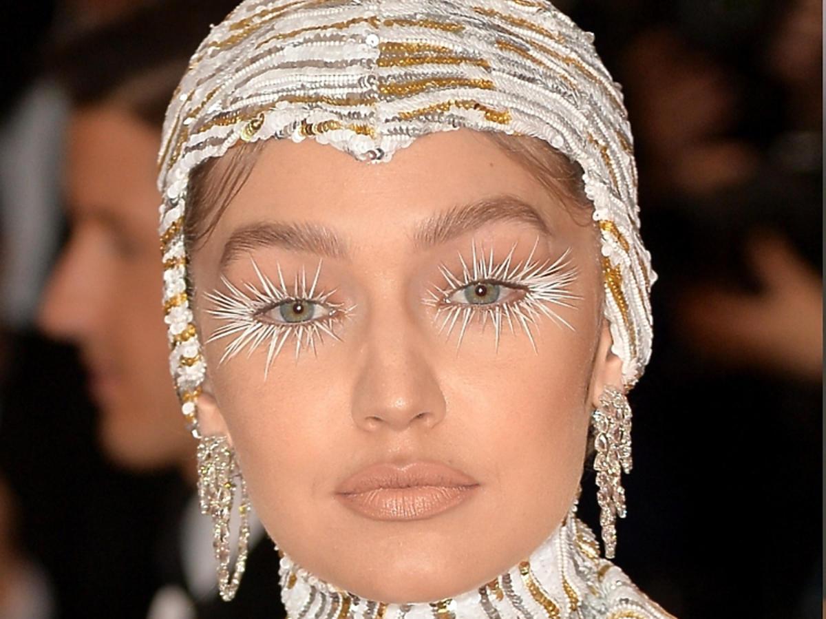 Met Gala 2019 - najbardziej kontrowersyjne makijaże: Gigi Hadid