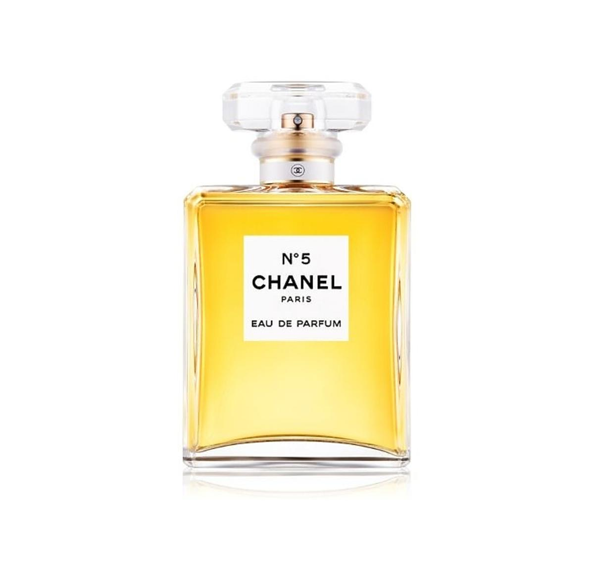 Tańsze perfumy na Black Friday 2019: przeboje wszech czasów, które teraz możesz kupić taniej! /Chanel No 5