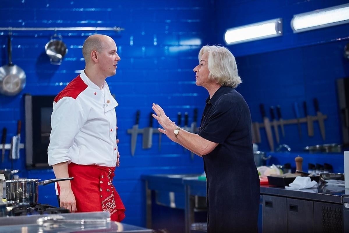 Bożena Dykiel rozmawia z uczestnikiem Hell's Kitchen