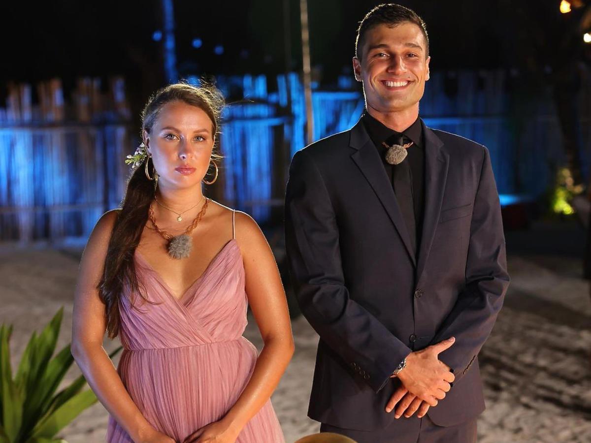 Czy Bibi i Simon są parą?