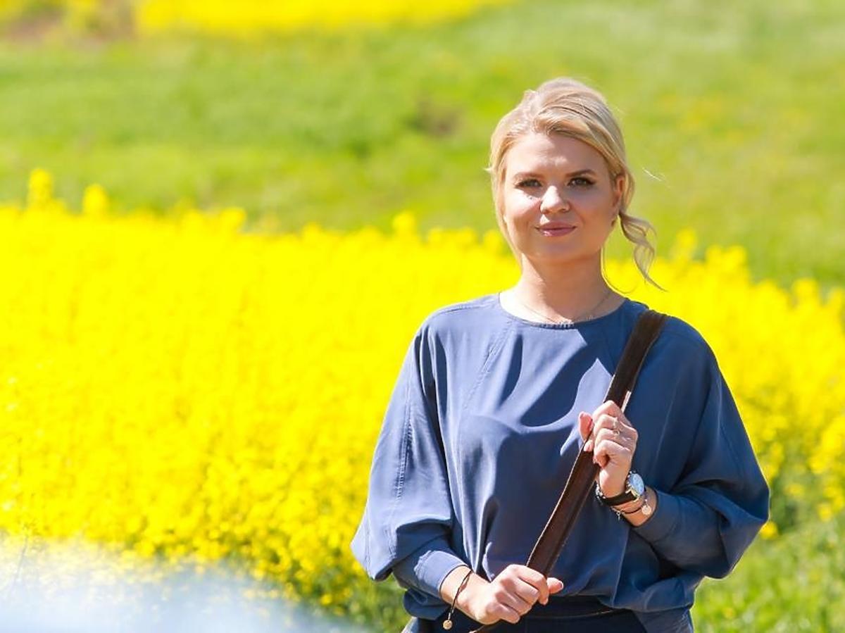 Rolnik szuka żony 3  - Marta Manowska na planie show
